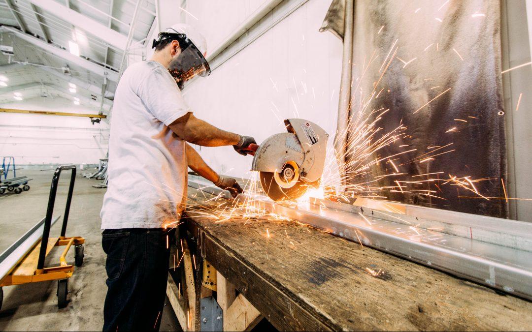 Adéquation formation-emploi dans les métiers menant aux emplois manufacturiers au Québec